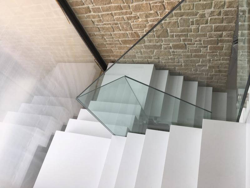 Siroco - Garde corps - Garde corps escalier en verre feuilleté attache inox